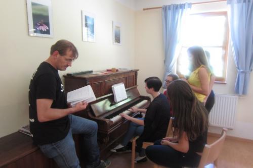Singen am Klavier